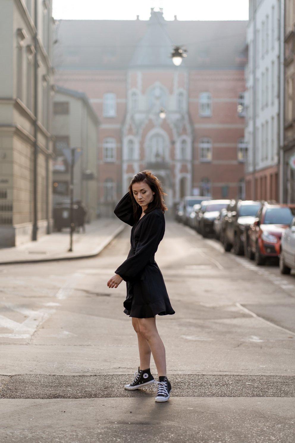 NAREE_Sukienka GIGI BLACK4