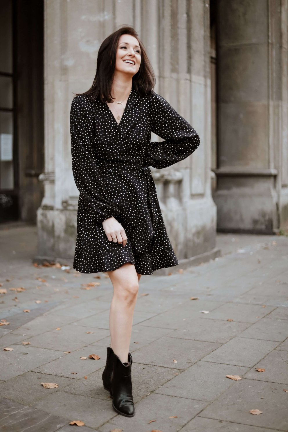 Naree Sukienka GIGI BLACK SPOT